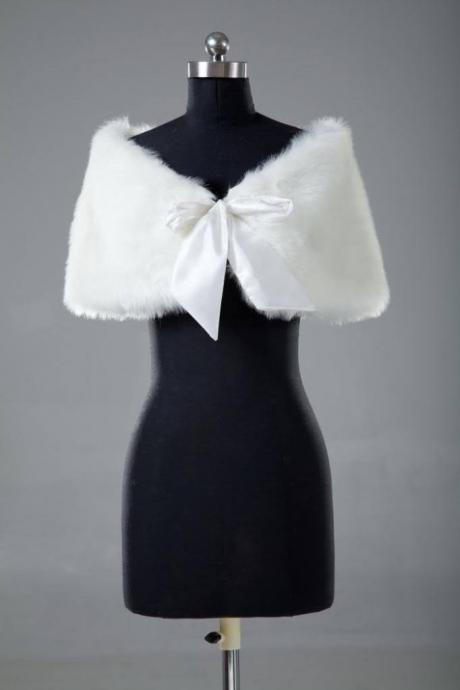 Women Faux Fur white/Ivory Plush Bridal Wedding Jacket Wrap Shrug Bolero Shawl Cape