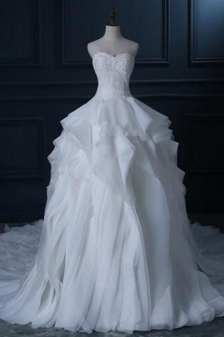 Chapel Train Organza White/Ivory Wedding Dress Unique Tiered Gorgeous Lace Beading Wedding Ball Gown