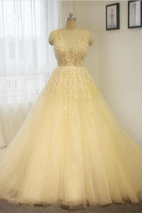 Latest Lace&Tulle A-line Wedding Dress V-neck Floral White / ivory Bride dress Custom size